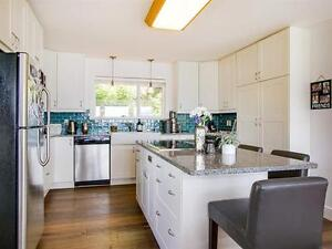 440 Timbertop Dr,Lions Bay(West Vancouver) For Rent/Lease - View North Shore Greater Vancouver Area image 7