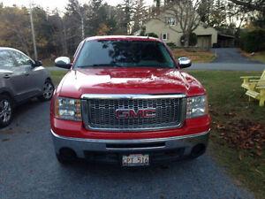 2011 GMC Sierra 1500 Pickup Truck $16,900 OBO
