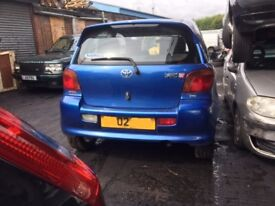 TOYOTA YARIS T SPORT 2002 BREAKING FOR SPARES