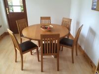 Solid Oak bespoke dining table and (4) oak chairs