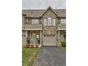 STUNNING 3 BR/3.5 W Townhouse Ancaster