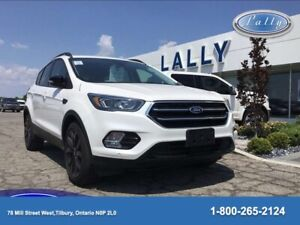 2018 Ford Escape Titanium, 4WD, Panoramic Roof, Leather, NAV!!