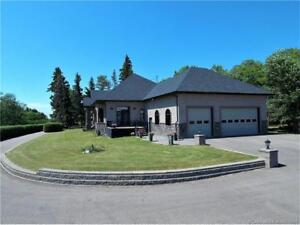 Incredible Home Plus Shop on 4.3 Acres!
