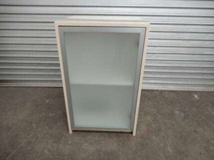 CABINET / CUPBOARD UNIT – BEIGE FROSTED GLASS CABINET