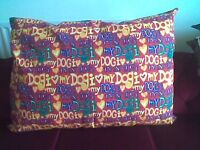 LARGE, FLAT, BRIGHTLY COLOURED DOG BED