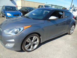 2012 Hyundai Veloster coup Coupe (2 door)LEATHER,ROOF WE FINANCE