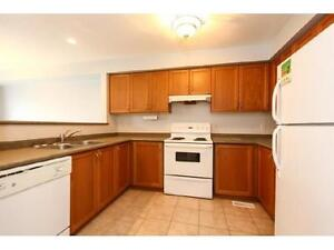 NEWER TOWNHOUSE IN  EAST GALT 3 bed 2.5 bath FERNCLIFFE ST Cambridge Kitchener Area image 1
