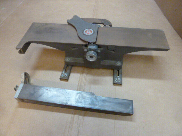 Montgomery Ward Powr Kraft jointer Mod# FD2505A , with 3 blades, spins freely