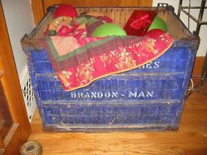 Old Brandon Bakery Box - Large