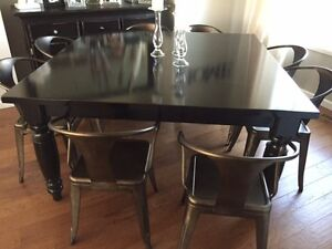 Pottery Barn Square Table