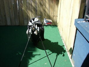 Men's Right Hand Golf sets Cleveland