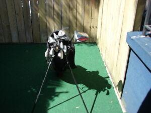 Men's Right Hand Golf sets Cleveland