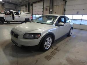 2009 Volvo C30 SPORT--2.4L 4 CYL AUTO ONE OWNER--GREAT SHAPE