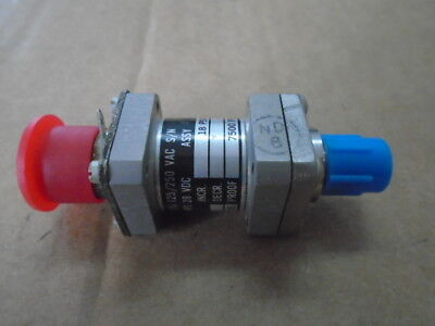 1 Ea Nos Itt Aerospace Pressure Switch Used On Unk. Aircraft Pn 105p4s81-1