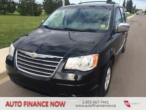 2010 Chrysler Town & Country TEXT NATALIE @ 780-394-2779