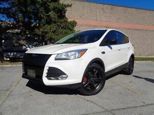 2013 Ford Escape SE, LOADED, ONLY 60K!  OFF LEASE! 416-742-5464