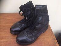 Magnum assault boots - Size 10
