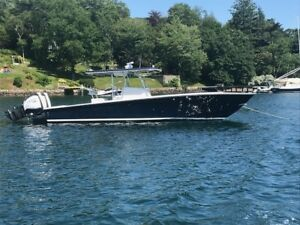 Jupiter 31 Center Console for sale