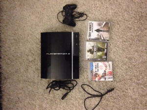 Playstation 3 (2 controllers, 3 games, BluRay remote, all cable)