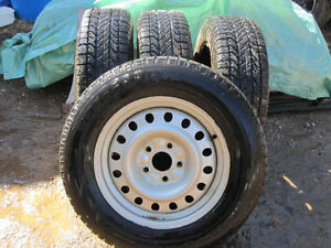 "4 JEEP 17"" WINTER TIRES/RIMS WINTER SLALOM BRIDGESTONE 5 x 5"""