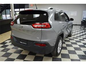 2015 Jeep Cherokee North 4X4 - U-Connect**LOW KMS**Keyless Entry Kingston Kingston Area image 2