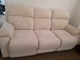 DFS 3 SEATER ELECTRIC RECLINER SOFA