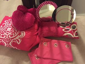 Pink twin comforter set with accessories