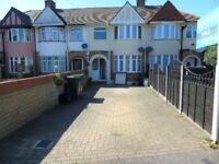 3 bed newly decorated house in the Leagrave area LU32SD