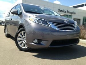 2017 Toyota Sienna 5DR Limited 7-PASS AWD Backup Cam, Navi, DVD