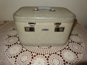 Assorted Vintage Furniture Items