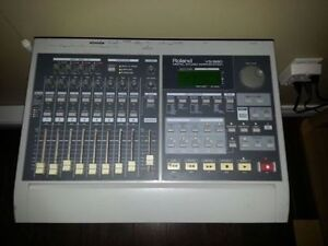 Roland VS-880 Digital Studio Workstation