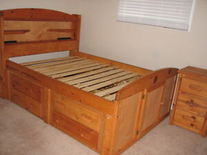 Full size Captain's Bed & 3-Drawer Nightstand