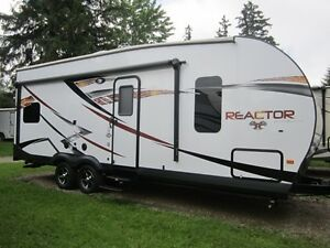 2016 Evergreen Reactor R24FQS Toy Hauler