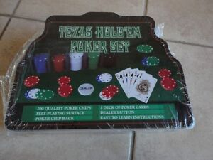 Brand new sealed Texas Hold'em Poker Set 200 pieces London Ontario image 1