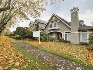 5 BEDROOM 3.5 BATHRM HOUSE IN POINT GREY FOR RENT!!