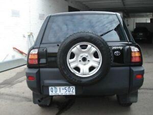2000 Toyota RAV4 SXA11R Black 5 Speed Manual Wagon