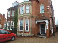 Massive 2 bedroom garden flat on Abington, NN1