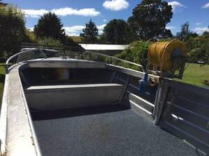 Lyndcraft Aluminium Dinghy, alloy trailer, 40hp Honda 4 stroke West Pine Central Coast Preview