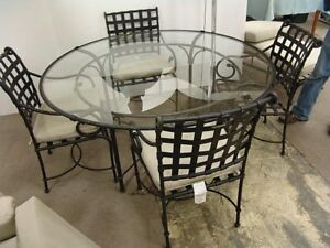 Indoor Brown Jordan Glass Top Table And 4 Chairs