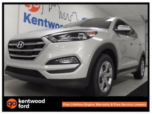 2017 Hyundai Tucson SE AWD with front heated front seats and bac