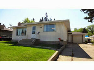 Spacious Rooms in beautiful house - Bonnie doon area
