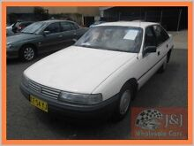 1989 Holden Commodore VN Executive White 4 Speed Automatic Sedan Warwick Farm Liverpool Area Preview