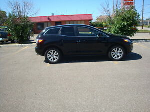 2008 Mazda CX-7 SUV, Crossover       Only 114k!!!  4x4! Sunroof!