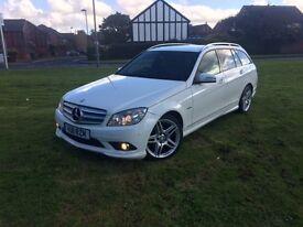 White Mercedes C220 2.1 Blue Efficiency Sport