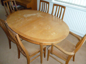 William Lawrence Solid Yew Dining Suite. Extending Table & Six Chairs. Needs Some TLC But Only £50.