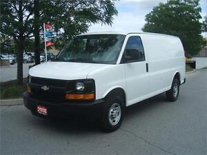 2008 Chevrolet Express 2500 / HEAVY DUTY