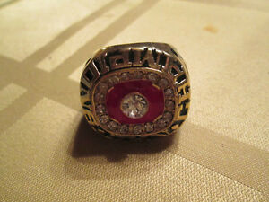 KEN DRYDEN  STANLEY CUP MONTREAL CANADAINS RING NICE Cornwall Ontario image 1