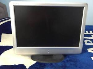 "Selling 22"" eMachines Flatpanel Monitor - 25"