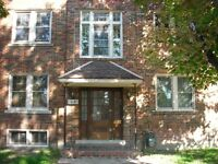 Ontario & Lincoln 2 bedrooms apartment available