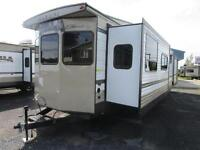 2015 Villa Classis 395FKLTD Park Trailer END OF SEASON PRICE